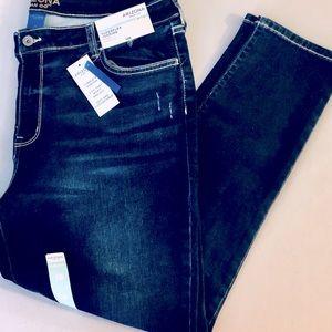 NWT ARIZONA JEAN CO. Women's Blue Jeggings Size 19